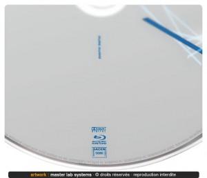 Zoom sur pressage disque Blu-ray audio ©